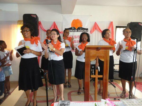 Desperta Débora Cabo Verde Oracao culto katiane mães